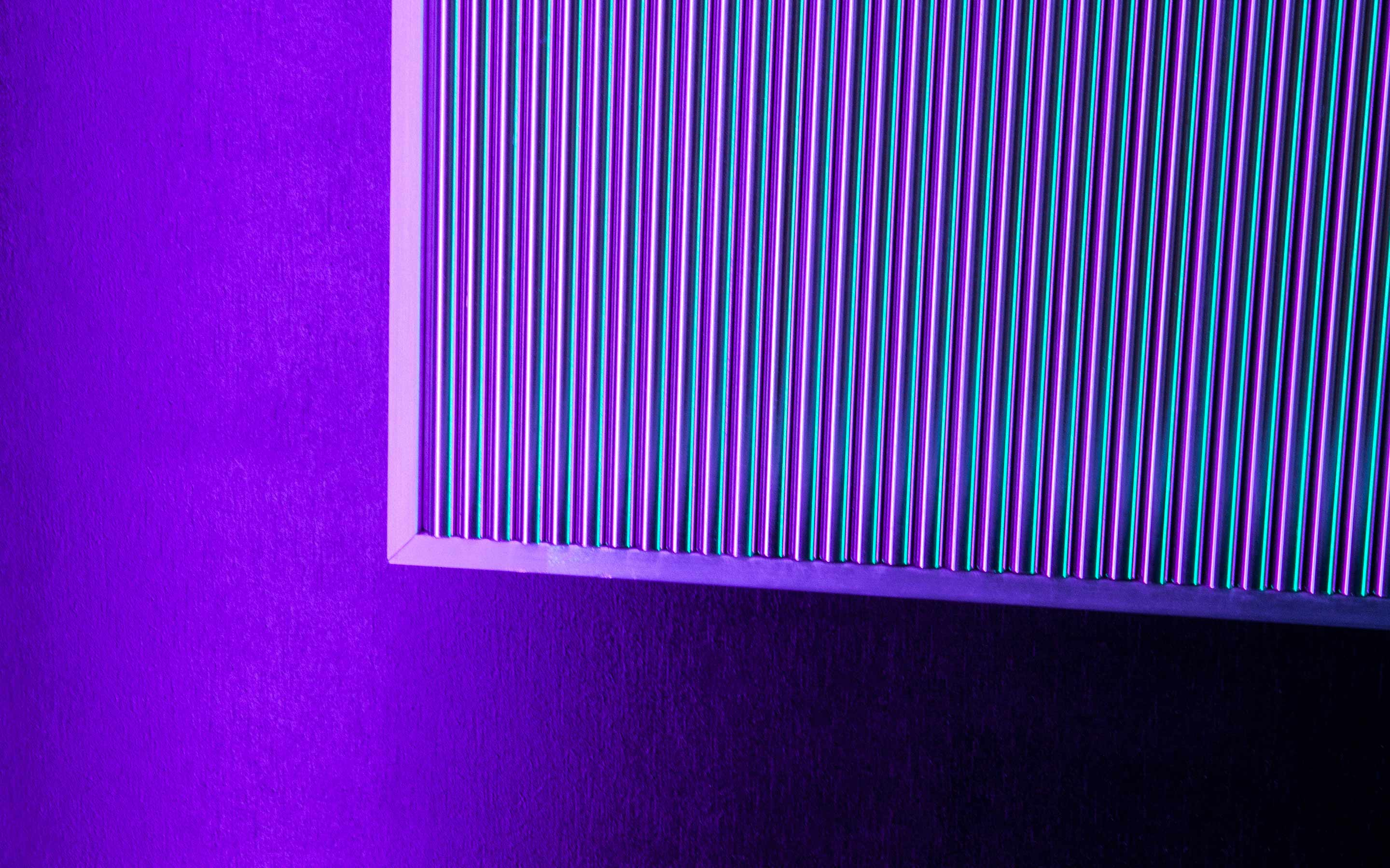 04-chromatic-oscillation-in-steel-haberdashery-w-slideshow